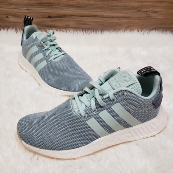 finest selection cb3de fd7dc New Adidas NMD R2 blue Running Shoes NWT